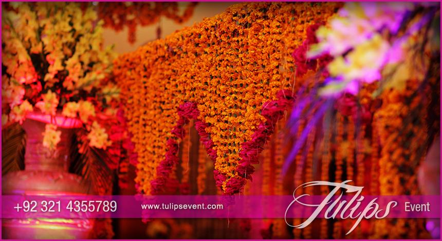 Best mehndi stage wedding decoration ideas in pakistan 03 tulips best mehndi stage wedding decoration ideas in pakistan 03 junglespirit Gallery