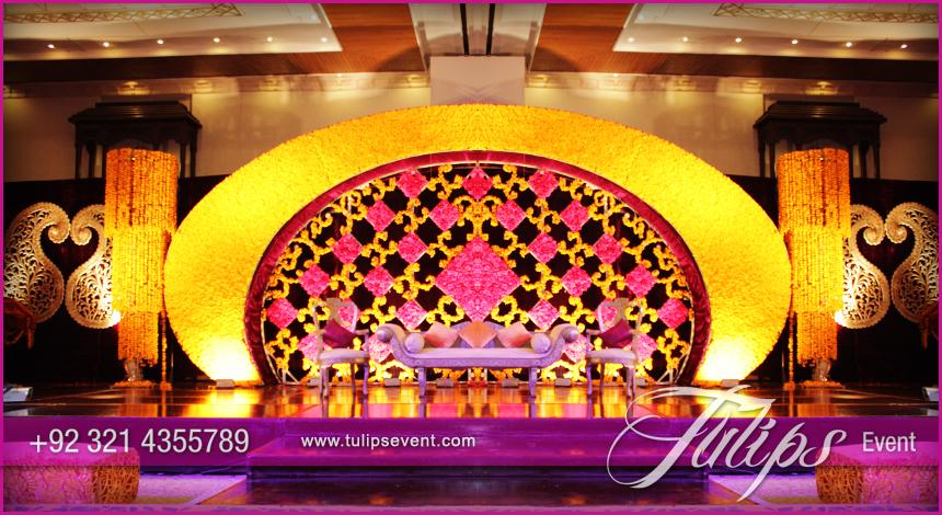 Best mehndi stage wedding decoration ideas in pakistan 06 tulips best mehndi stage wedding decoration ideas in pakistan 06 junglespirit Images