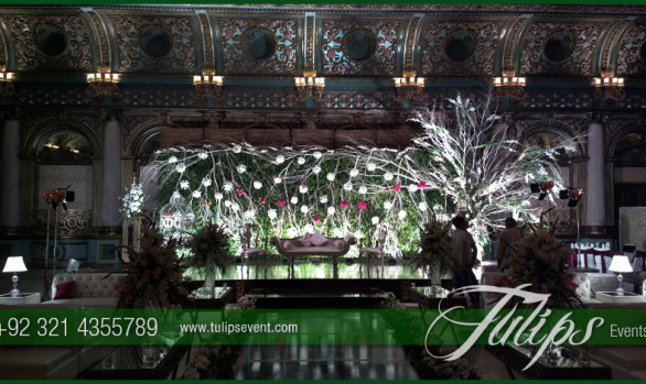 Green Abstract Wedding stage