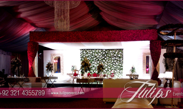 Red & white Baraat Setup
