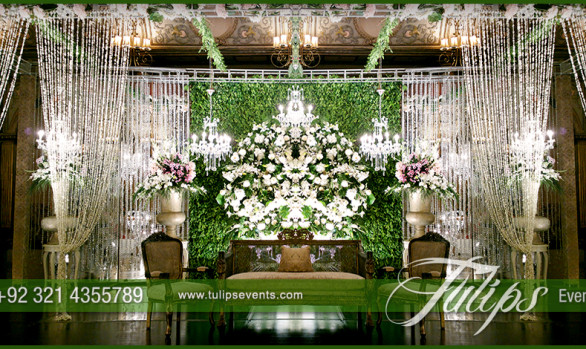 green reception stage decoration