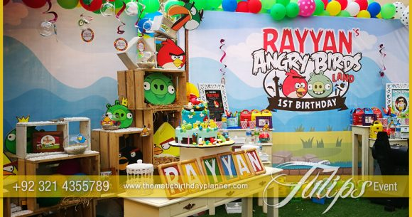 Angry Birds Party decoration
