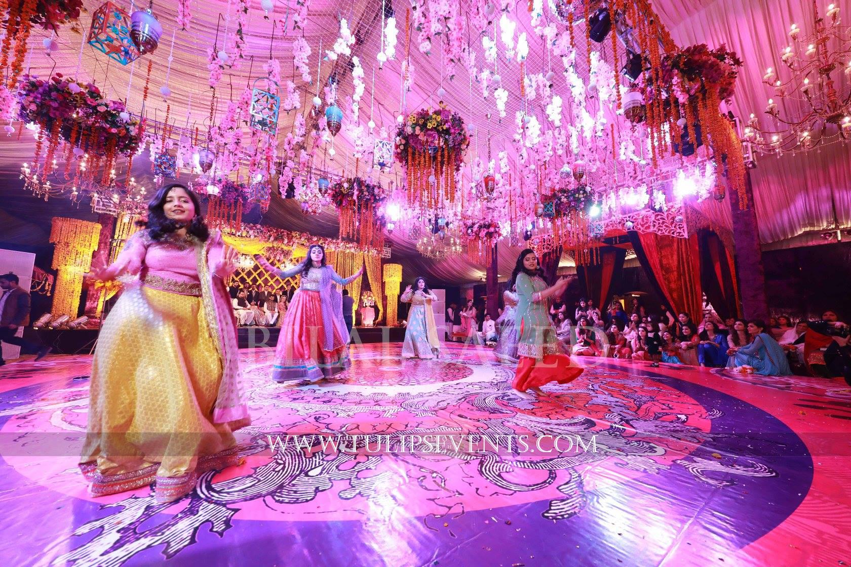 Mehndi Stage Decoration Lahore : Enchanted mehndi stage dance floor roof decoration ideas